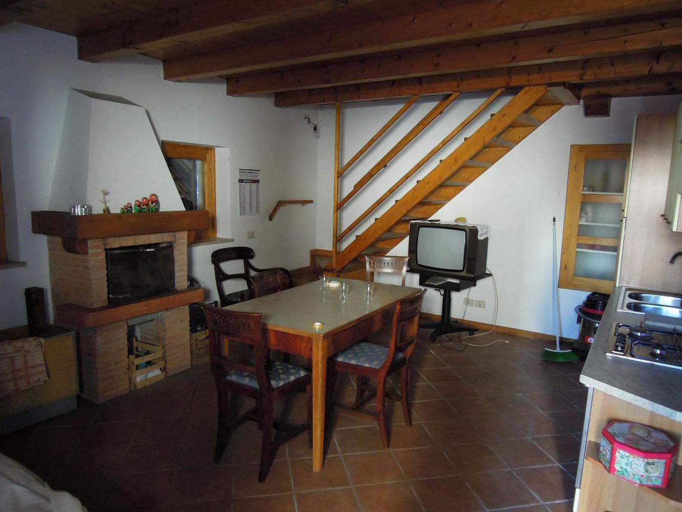 Casa Singola In Vendita Ponte nelle Alpi